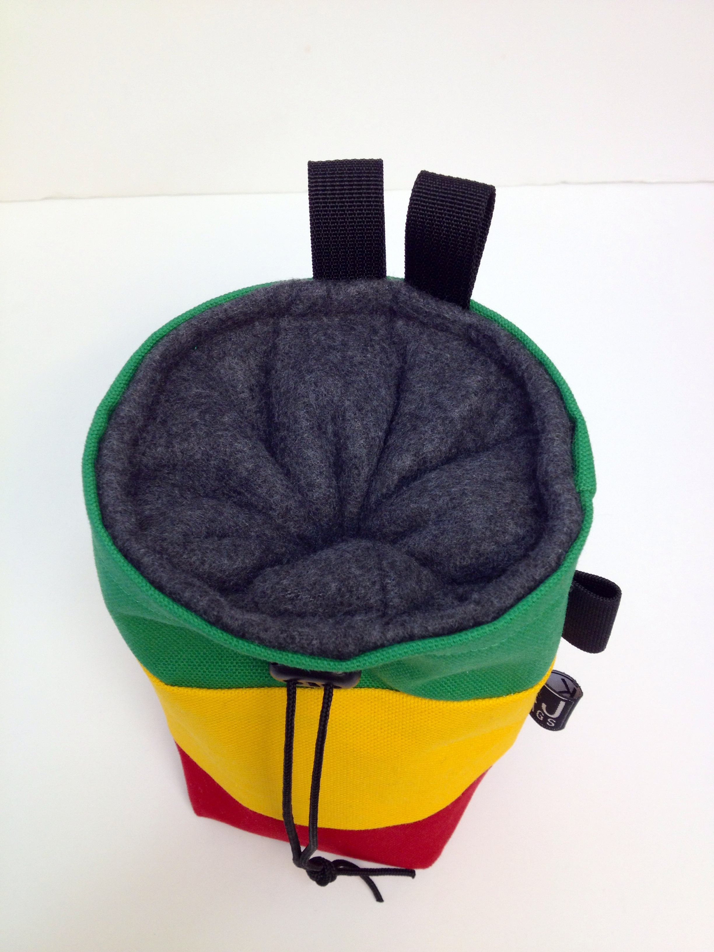 how to make a chalk bag